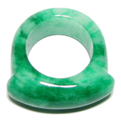 Lovely Chinese White Green Jade Ring