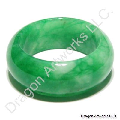 Pain-Relieving Green Jade Ring