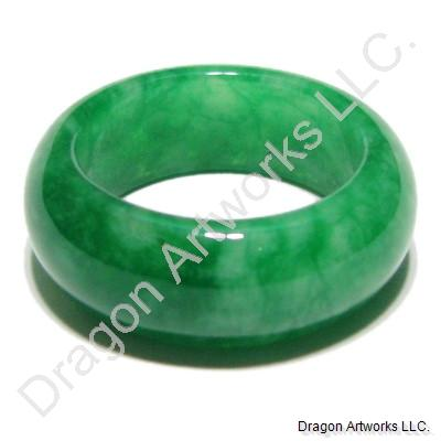 Green Jade Ring of Shining Outlook